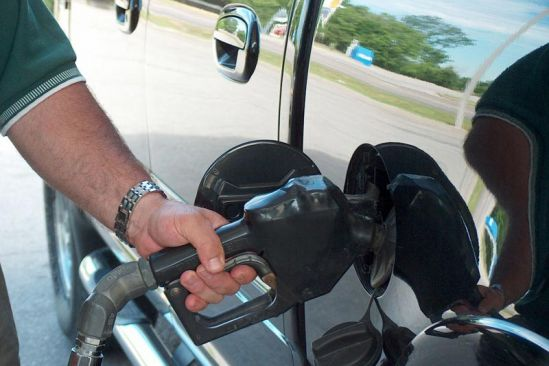 Gas prices peak for summer